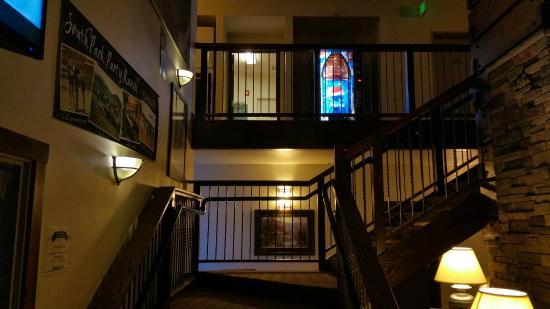 A Riverside Inn Hotel: Second Floor