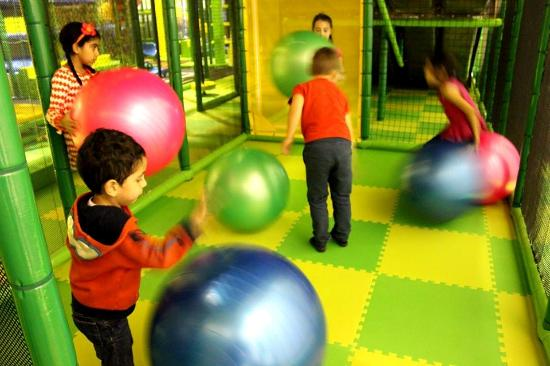 087bba30110f Bouncy Balls corner - Picture of Hop Skip Jump