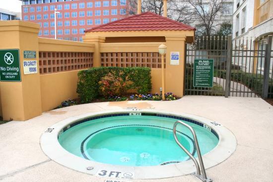 La Quinta Inn & Suites Dallas Plano West: Pool Area