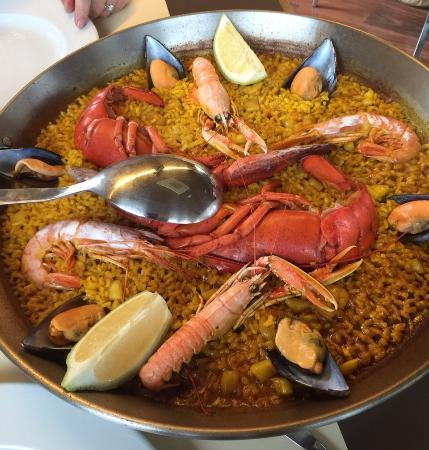 Montgo Restaurant: Seafood (lobster) paella