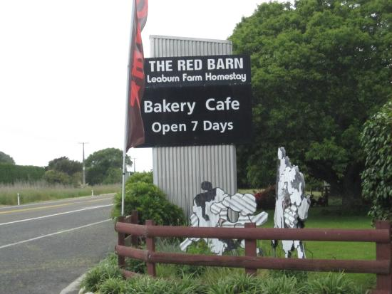 Red barn Cafe: look for the signage