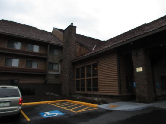Best Western Mt. Hood Inn : Outside