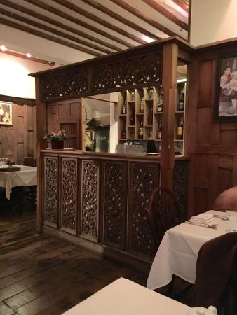 Restaurants old thai house in surrey heath with cuisine for Thai classic house