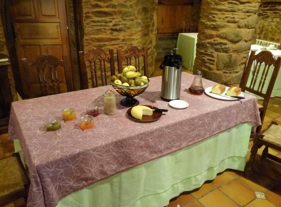Dombodan, İspanya: Mesa de desayuno