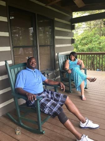 Wilderness View Cabins: Relaxing on the Porch