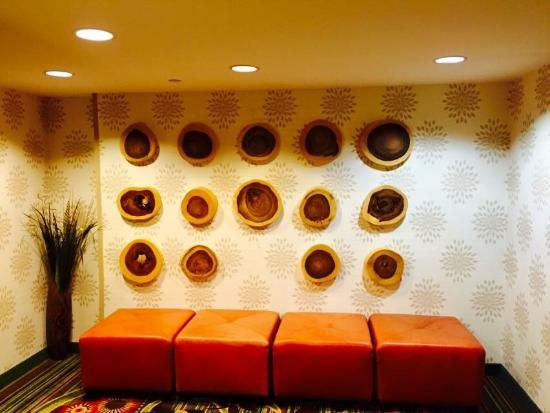 Awesome Wall Art - Picture of Atlanta Evergreen Marriott ...