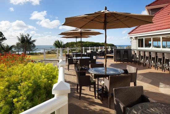 Laguna Cliffs Marriott Resort & Spa: Relax and enjoy the gorgeous views on our OverVue Deck