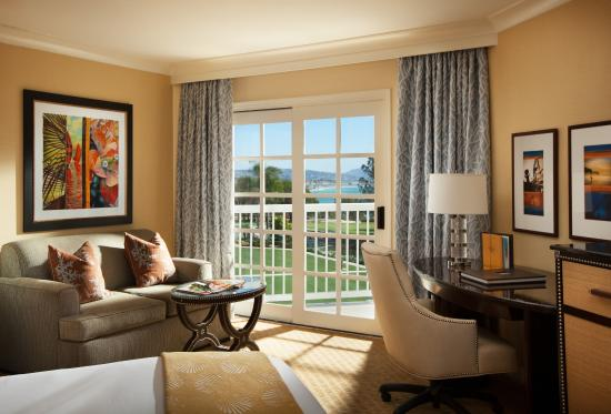 Laguna Cliffs Marriott Resort & Spa: Partial Ocean View Guest Room
