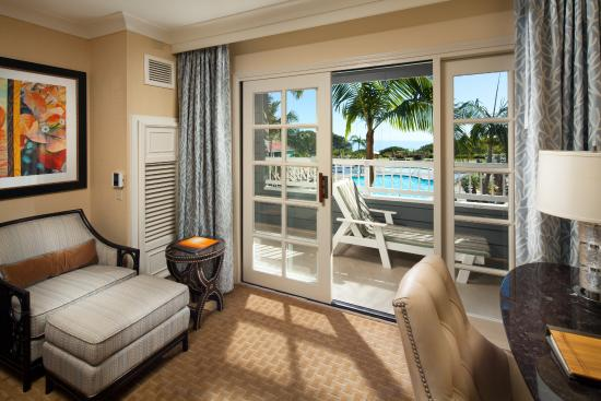 Laguna Cliffs Marriott Resort & Spa: Pool View Guest Room