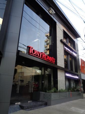 Tony Roma's Napoles