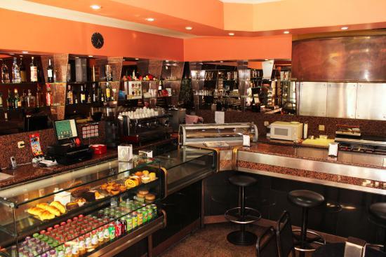 Dom Bravo Cafe