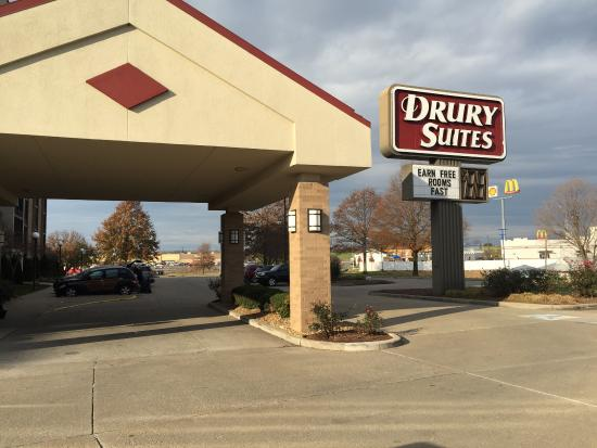 Drury Inn & Suites Cape Girardeau: photo0.jpg