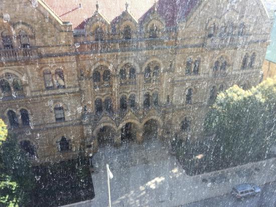 Sheraton Columbus at Capitol Square Hotel: Windows wash 5 years ago