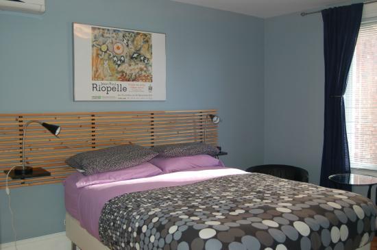 Le Simone: chambre/room 8