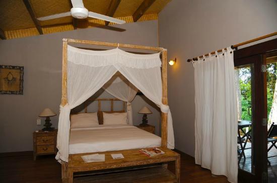 Le Mont-Dore, Nueva Caledonia: chambre avec cuisine