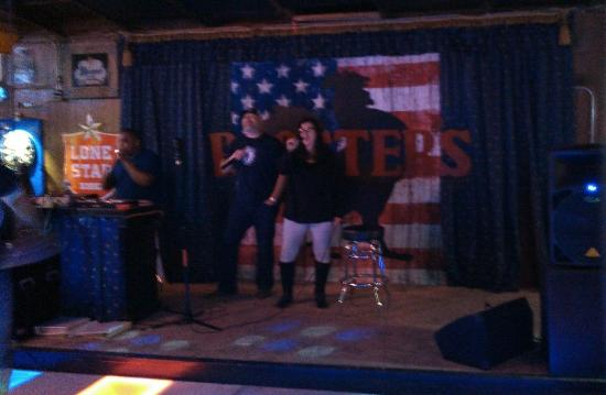 Pflugerville, TX: Singers