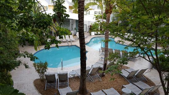 Santa Maria Suites: 20150718_072333_large.jpg