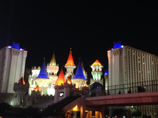 excalibur hotel and casino reviews
