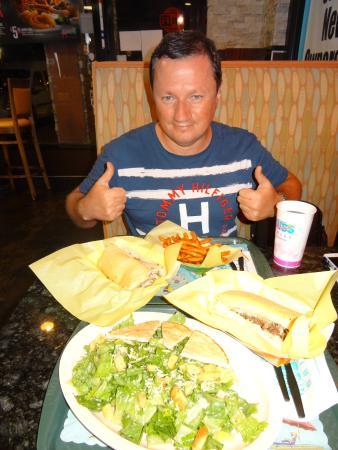 Pembroke Park, Φλόριντα: Вкусно!