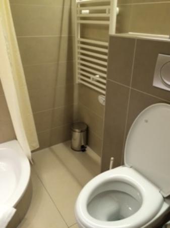Hotel Alexander: bagno 2