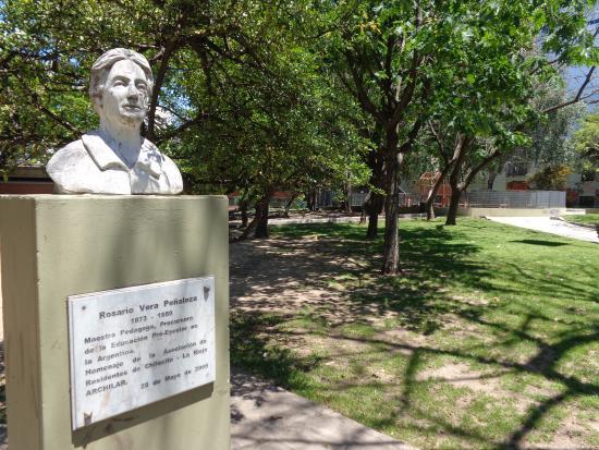 Plaza Rosario Vera Penaloza