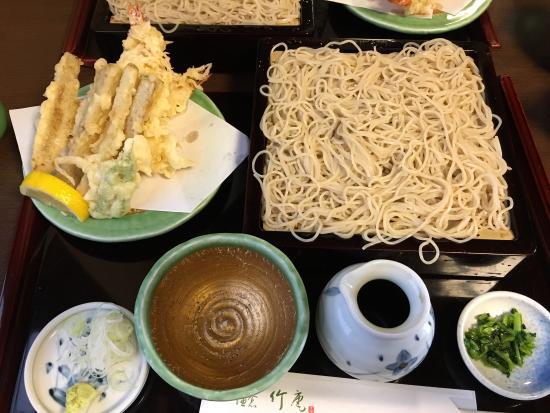 Delicious burdock tempura and soba!