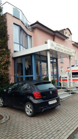 Sonneberg, Jerman: Haupteingang zum Hotel Schöne Aussicht