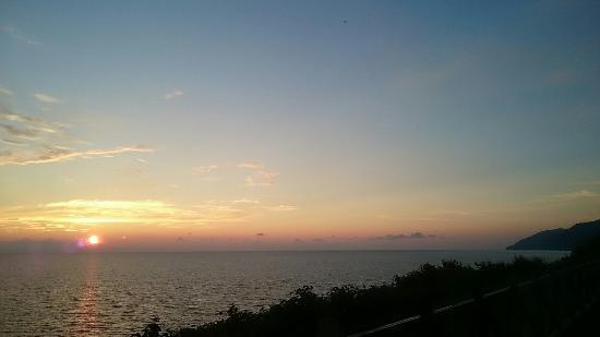 Ai Road Yuhi no Oka : 日本海に沈む夕日