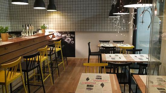 Lisboa Lounge, Dine & Wine