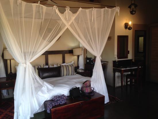 Jock Safari Lodge: Comfy bed