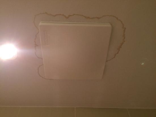 Abluft im Badezimmer - Bild von Hotel Alpenland, Obergurgl ...