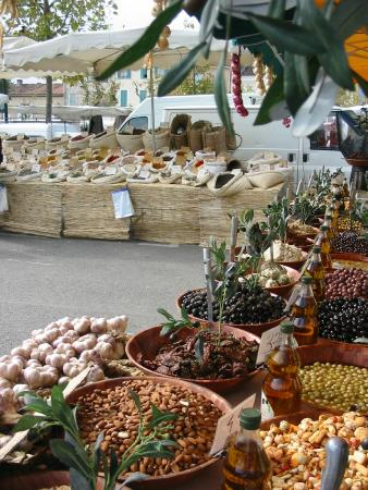 Street Market of Cogolin