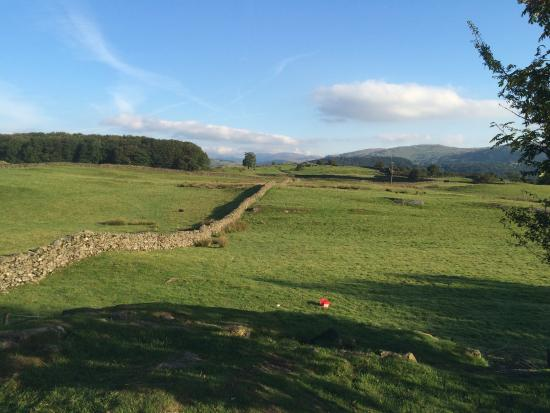 Staveley, UK: Walking From the Site