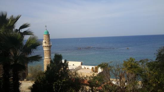 Andromeda's Rock: Скала Андромеды и Морская мечеть