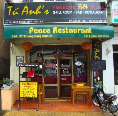 Tu Anh's Peace Cafe: cafe