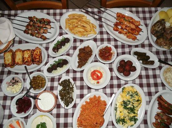 Alethriko, Chipre: Meze Selection