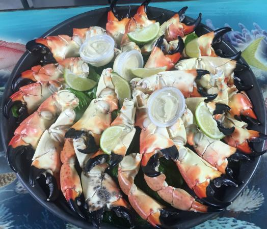 KING Seafood Market & Restaurant: 5 Pound Large Stone Crabs