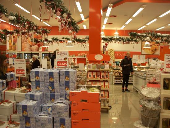 interno - Foto di Outlet Dolciario Via Torino, Milano - TripAdvisor