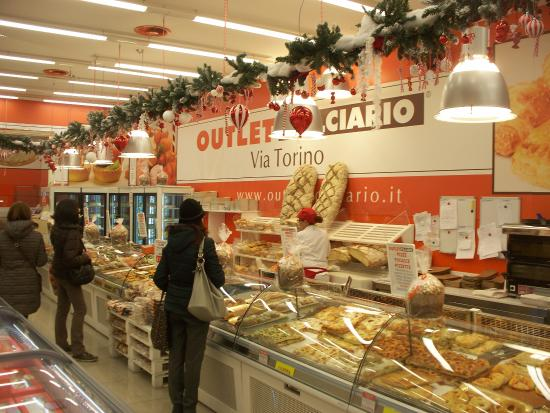 Outlet Dolciario Via Torino - Picture of Outlet Dolciario Via ...