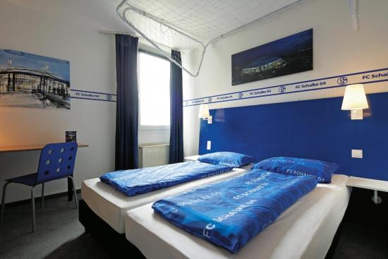 IntercityHotel Gelsenkirchen: Schalke Room