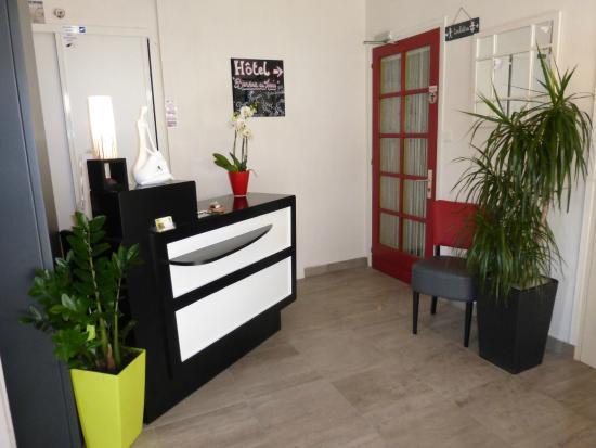 Hotel Le Marais : Reception