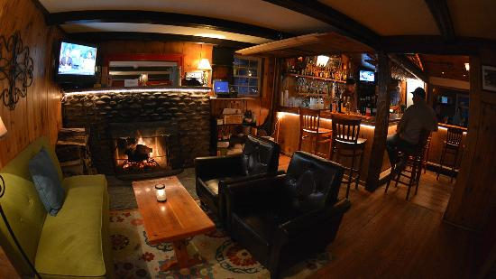 The Hyde Away Inn: Fireplace in the Tavern