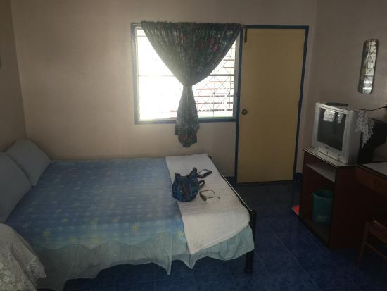 Bon Bon Guest House : Room