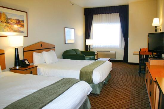 crystal inn hotel suites great falls 88 1 1 1. Black Bedroom Furniture Sets. Home Design Ideas