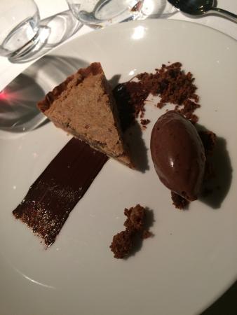 Haarlemmermeer, Nederländerna: diner bij Qunis