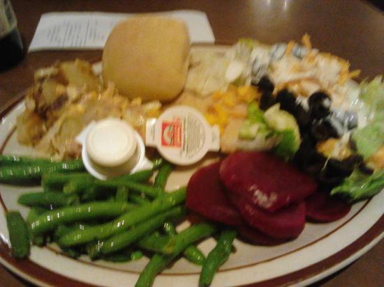 Fireside Restaurant : Salad bar