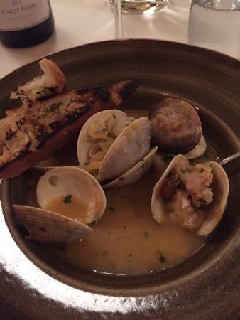 Trumansburg, นิวยอร์ก: Classy clams!!