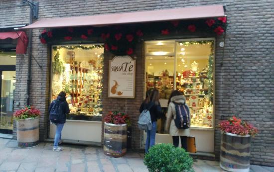 StregaTe Tea Shop