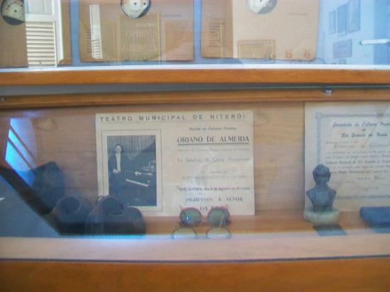Memorial Oriano de Almeida