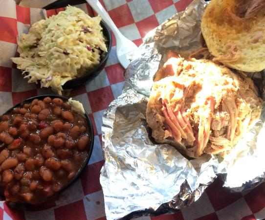 Cockeysville, MD: Reg. Pulled Pork Sandwich w/2 sides